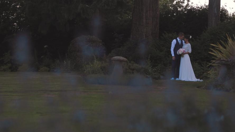 Laura & Kenny - Wedding Video Mythe Barn Warwickshire