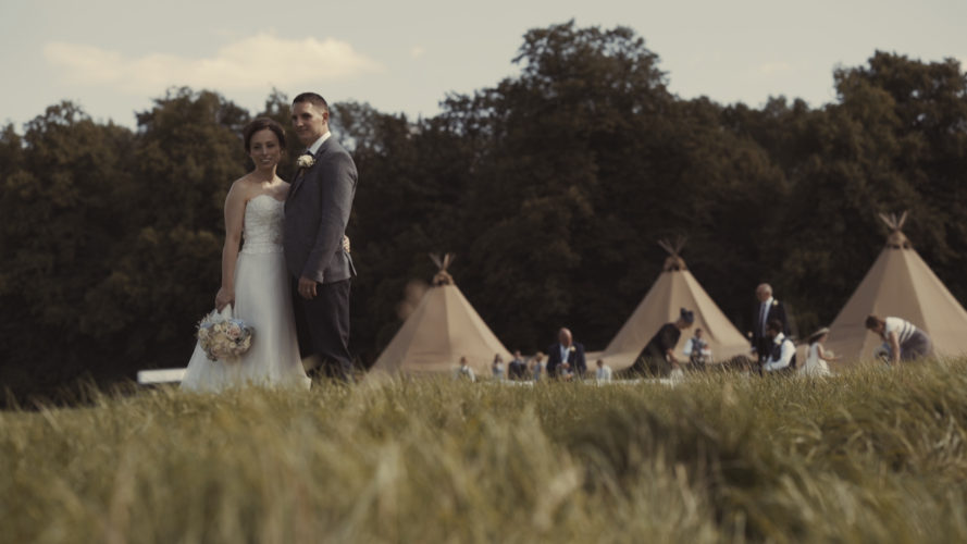 Louise & Rob Tipi Wedding Leicestershire