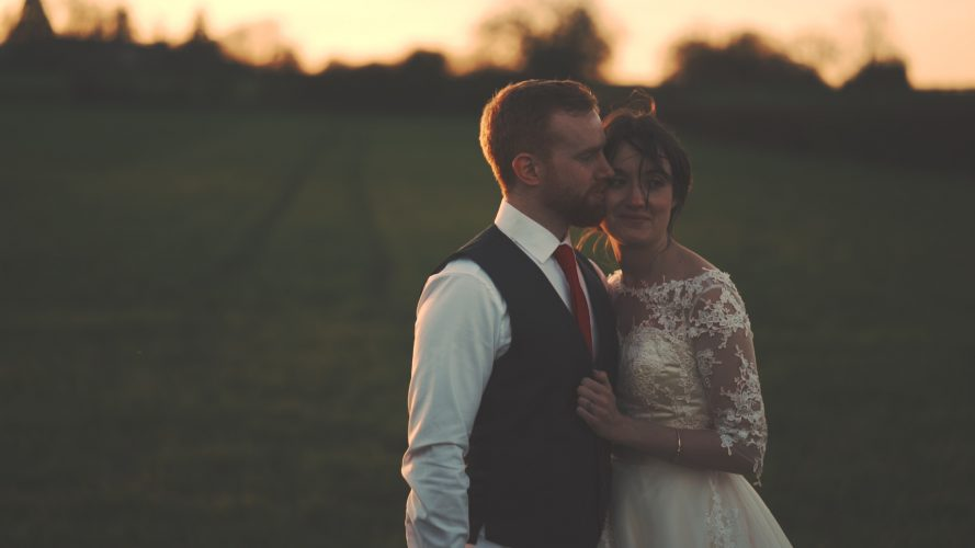 Megan & Matt Wedding Film Stratton Court Barn in Oxfordshire